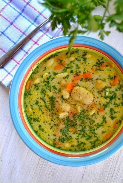 Warzywna zupa jaś fasola