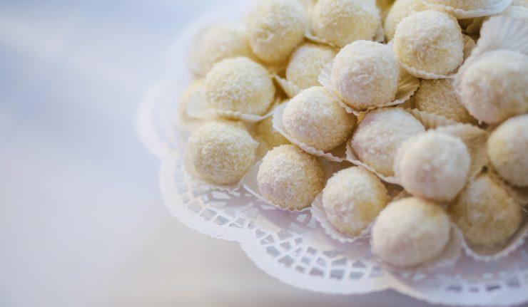 Trufle kokosowe z białej czekolady i mascarpone