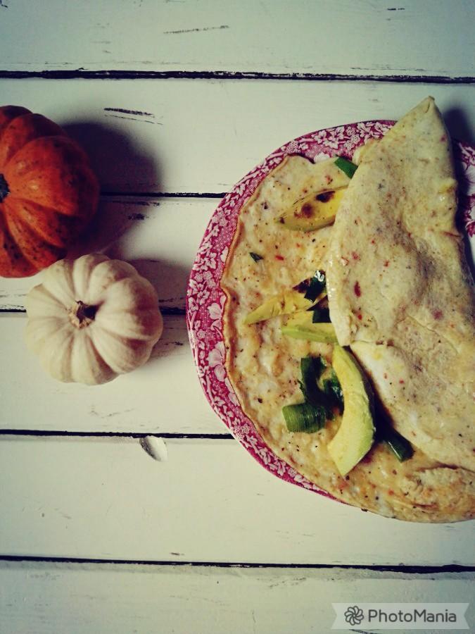 Omlet serowo-ziołowowy