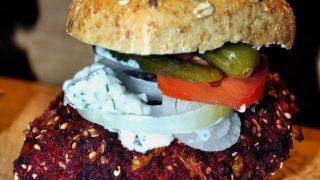 Burger buraczkowy