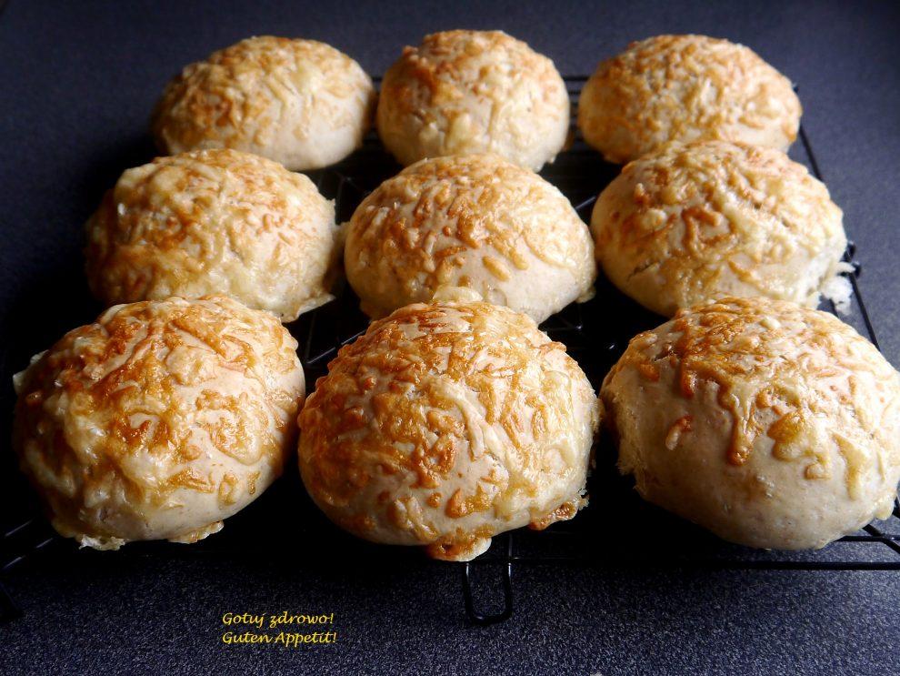 Bułeczki serowe