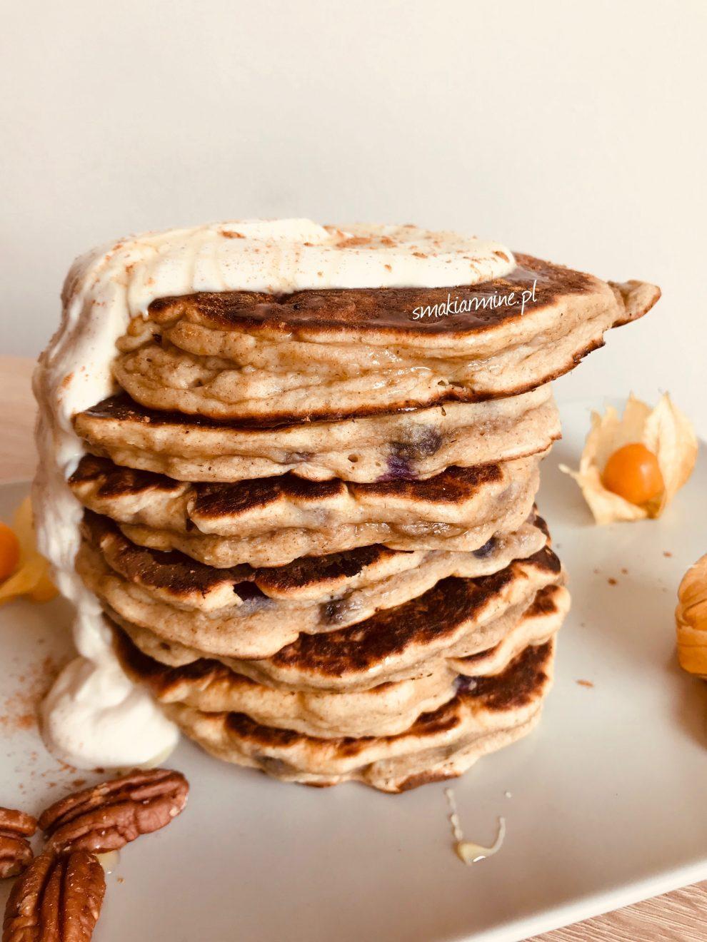 Placki bananowo-borówkowe na kefirze (bez cukru)