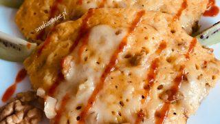 Placek kukurydziany z serem i orzechami