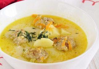 zupa serowa z klopsikami