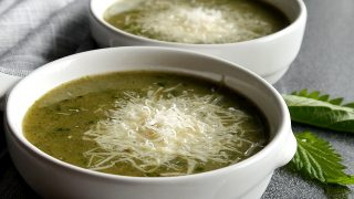 Zupa krem z pokrzywy i lubczyku