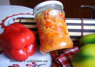 Sałatka warzywna na zimę bez octu.