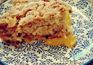 Najprostsze ciasto z nektarynkami