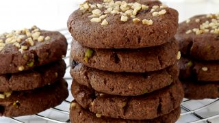 """Kruche ciasteczka z żurawiną i orzechami włoskimi. American Cookies """"Schoko"""""""
