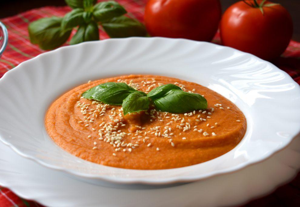 Aksamitna zupa krem z czerwonej soczewicy