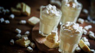 Mus z białej czekolady
