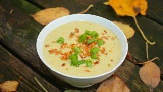 Zupa brokułowo serowa