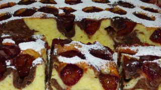 Ciasto Łaciatek ze śliwkami