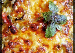 Zapiekanka ryżowa z warzywami i mięsem