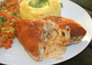 Filet z piersi kurczaka z serową lawą