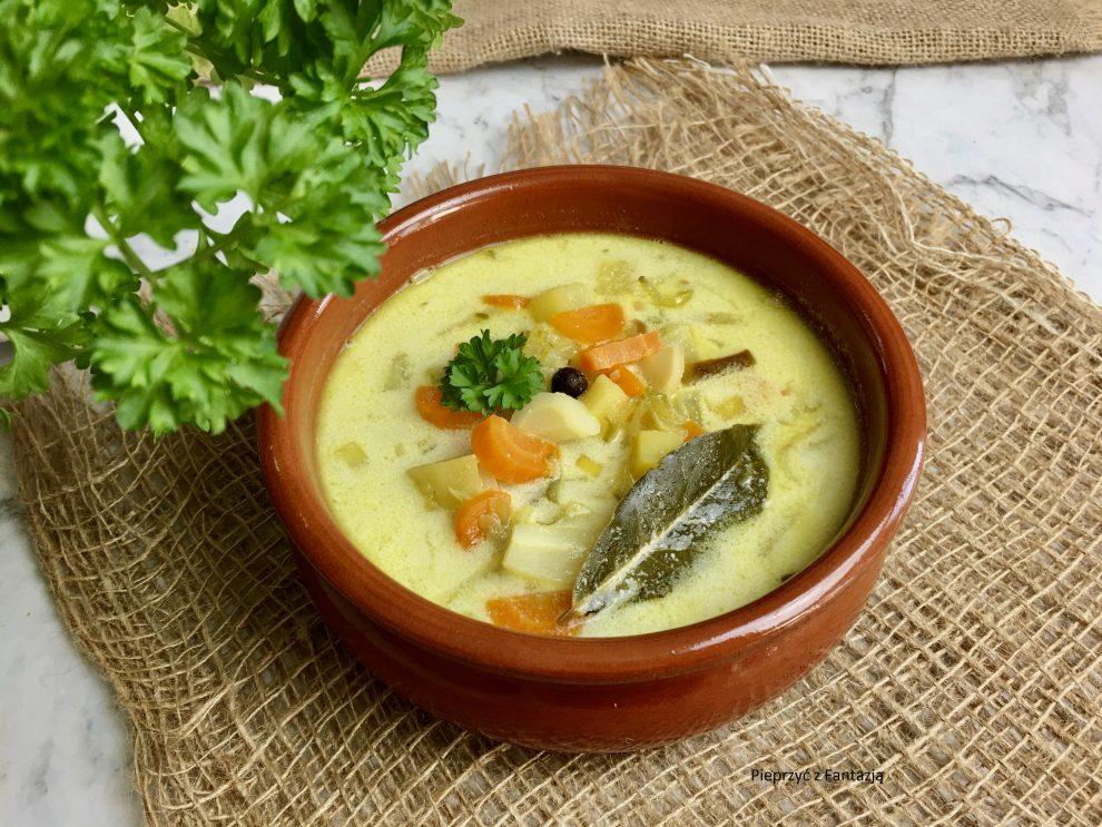 Zupa ogórkowa (smażone ogórki)