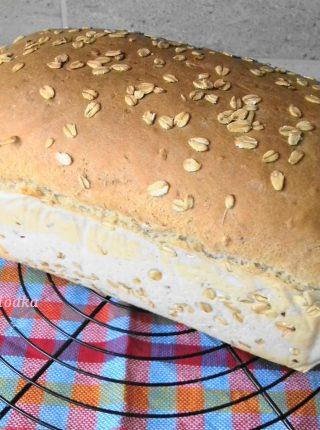 Pyszny i Prosty Chleb z Żurawiną i Płatkami Owsianymi