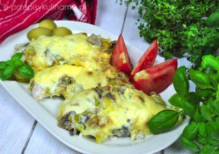 Kurczak zapiekany z majonezem i pieczarkami