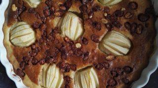 Placek jabłkowy i karmelowe orzechy