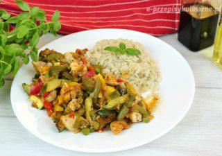 Warzywa z kurczakiem (fit obiad)