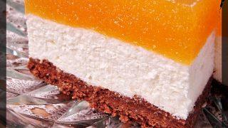 Sernik z musem brzoskwiniowym na czekoladowo-sucharkowym spodzie (Ciasto bez pieczenia)