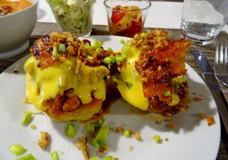 """Pyszne nadziewane ziemniaki """"Raclette"""""""