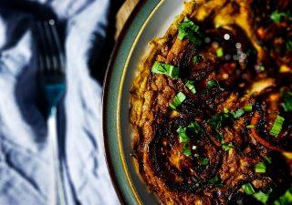 Omlet MarMite z karmelizowanymi pomidorami