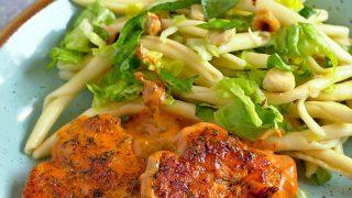 Kurczak w sosie pomidorowo-koperkowym