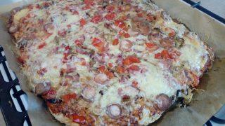 Pizza na ziołowym cieście