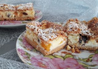 Sernik z brzoskwiniami / cheesecake with peaches