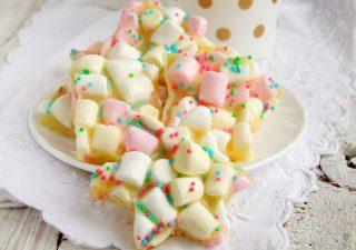 pianki marshmallow z białą czekoladą