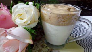 Kawa po koreańsku (dalgona caffee)