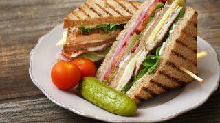 Kanapka Club sandwich