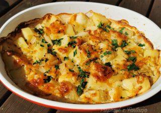 Ziemniaki zapiekane w mleku z żółtym serem – dodatek do grilla