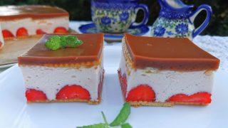 Pianka truskawkowa – ciasto bez pieczenia