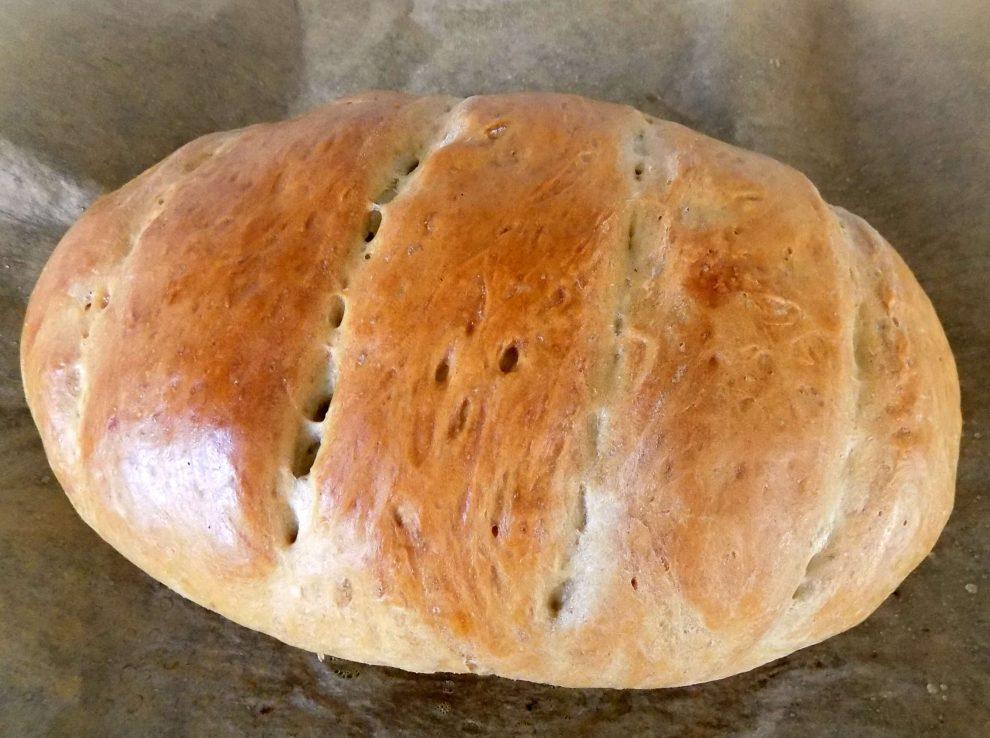 Chrupiący chleb domowy jak dawniej