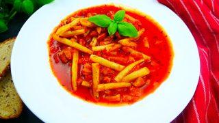 Fasolka szparagowa po bretońsku – pyszne danie jednogarnkowe