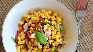 Śródziemnomorska sałatka z kukurydzy