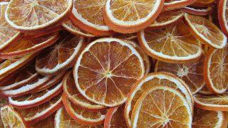 Pomarańcze na choinkę - tradycyjna ozdoba choinkowa