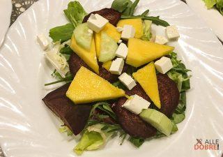 Sałatka z buraczka i mango