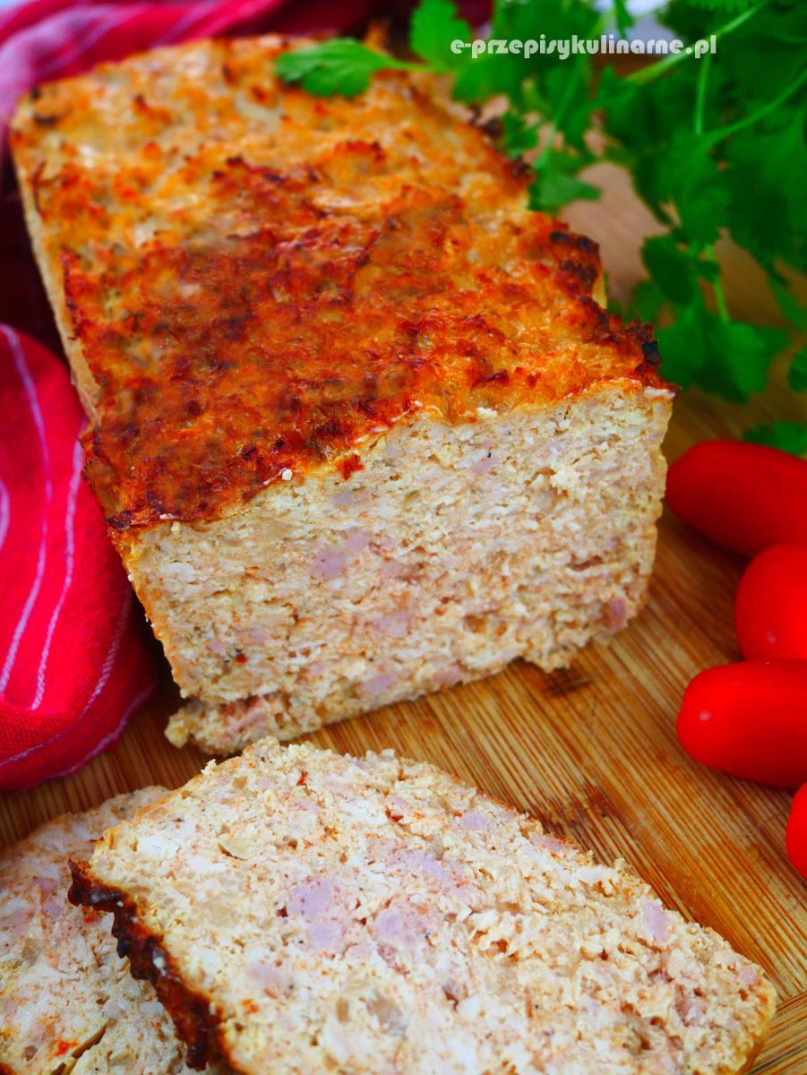 Soczysta pieczeń drobiowa do chleba