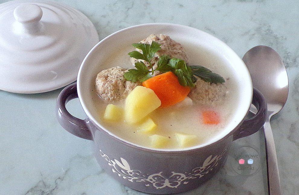 Zupa klopsikowa