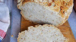 Najprostszy domowy chleb z garnka