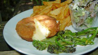Smażony po włosku Camembert, pomysł na obiad