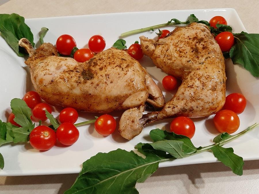 Pieczone udka z kurczaka w sosie własnym