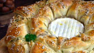 Jogurtowy wieniec chlebowy