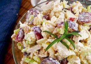 Sałatka z kurczakiem i selerem naciowym – hit prosto z USA