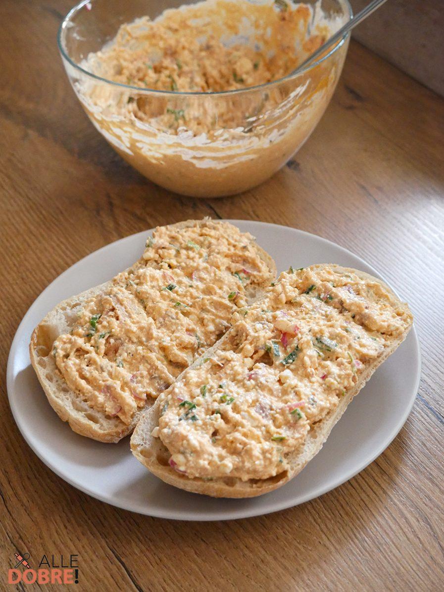 Pasta do kanapek z makreli w pomidorach