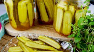 Ogórki kanapkowe z curry – do słoików na zimę