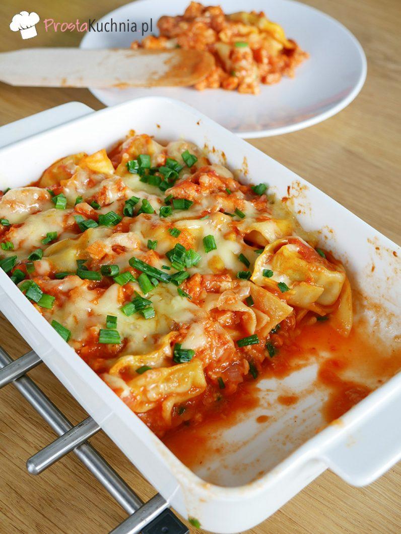 Zapiekanka obiadowa z pierożkami tortellini